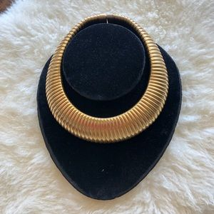 HP 🎉Vintage Gold Chunky Necklace Statement…